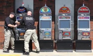 Online gambling illegal in australia