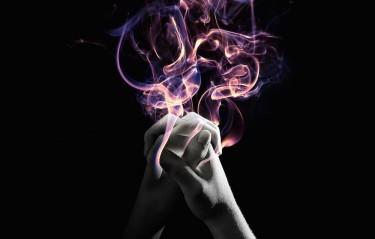 hands_praying_fire