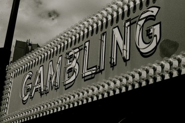Old-fashioned-gambling