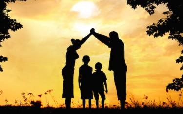 family_silhouette-375x234.jpg (375×234)